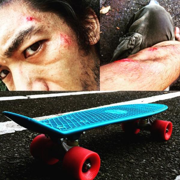 ペニースケートボード転倒転ぶ
