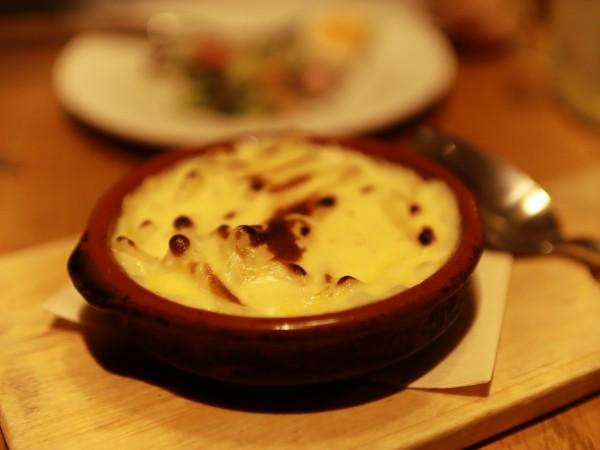 用賀倶楽部チェダーチーズのマカロニチーズ