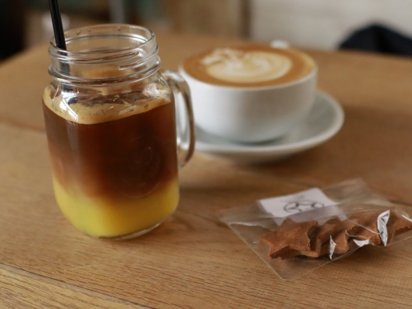 815 coffee stand オレンジアイスコーヒー