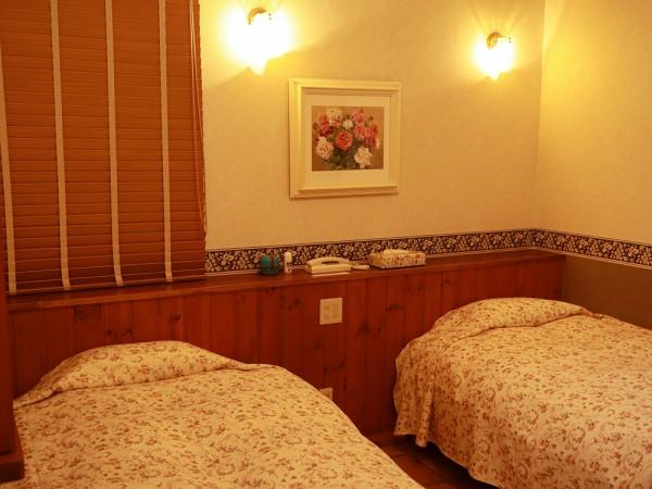 プライベートホテル麗のベッド