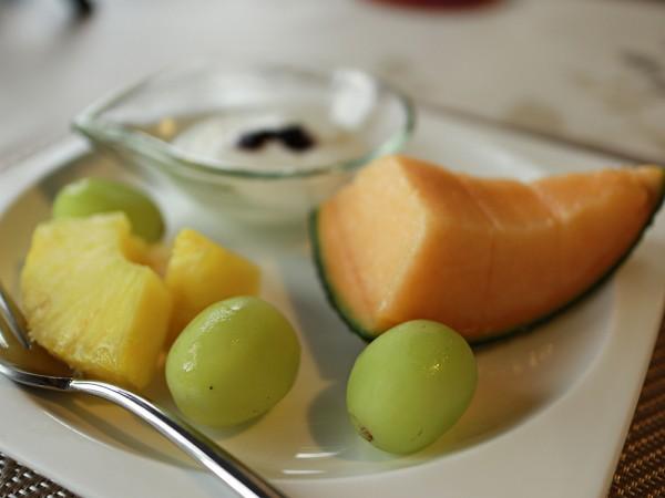 プライベートホテル麗の朝食シャインマスカット