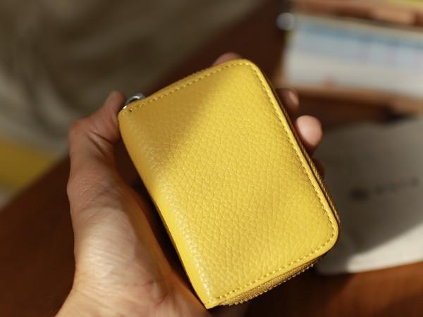 黄色カードケース小さい財布